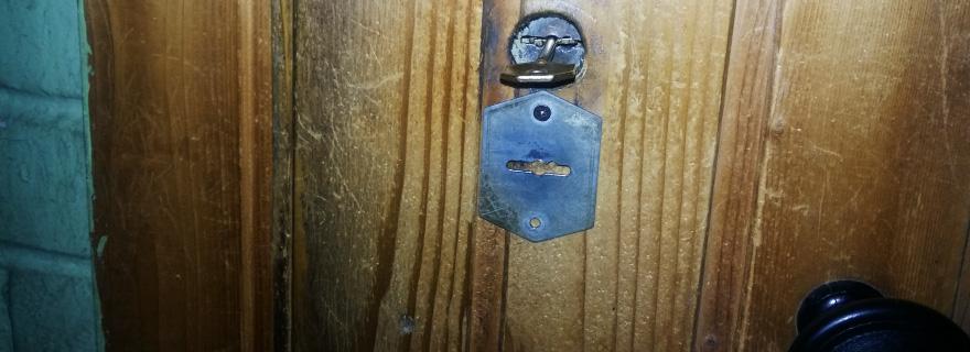 Замена замков входной двери