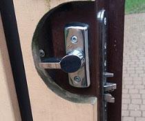 Замена замка ABLOY на двери калитки