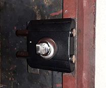 Замена замка в металлической двери на Барьер-Каре